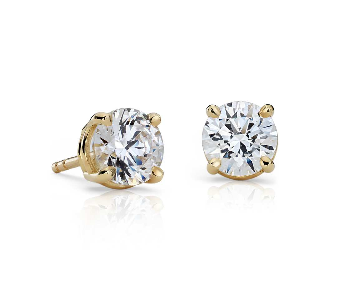 18k Yellow Gold Four Prong Princess Earring 2
